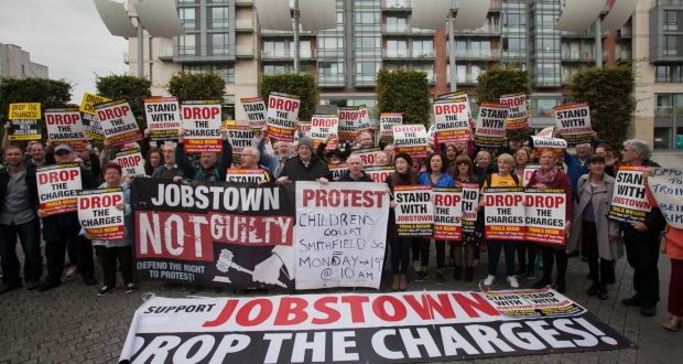 IRELAND: Court clears protesters in controversial trial
