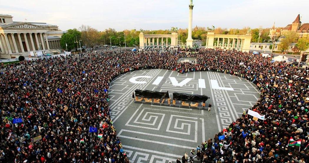 HUNGARY: 14 NGOs Bring ECHR Case Against New Anti-Civil Society Bill