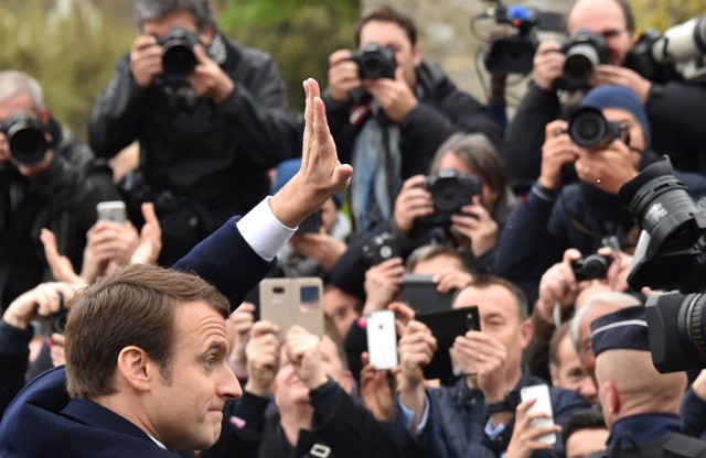 FRANCE: Macron boots media from presidential press room for 'practical reasons'