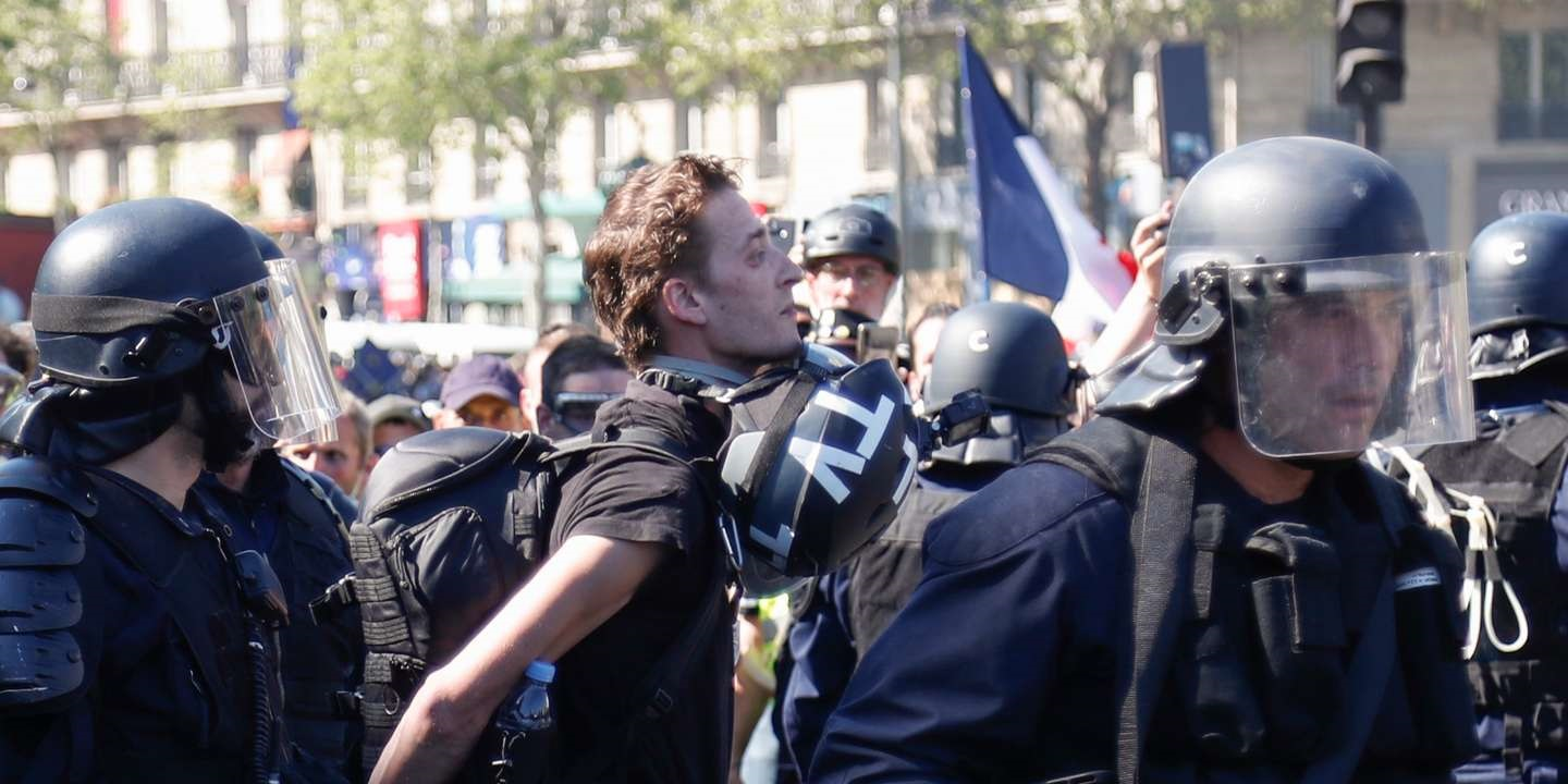 FRANCE: Worrying number of arrests among journalists covering protests