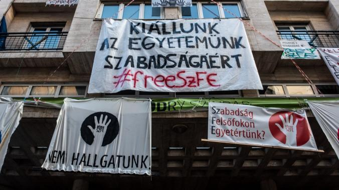 HUNGARY: New rules put a total ban on protests infringing on the right to freedom of assembly