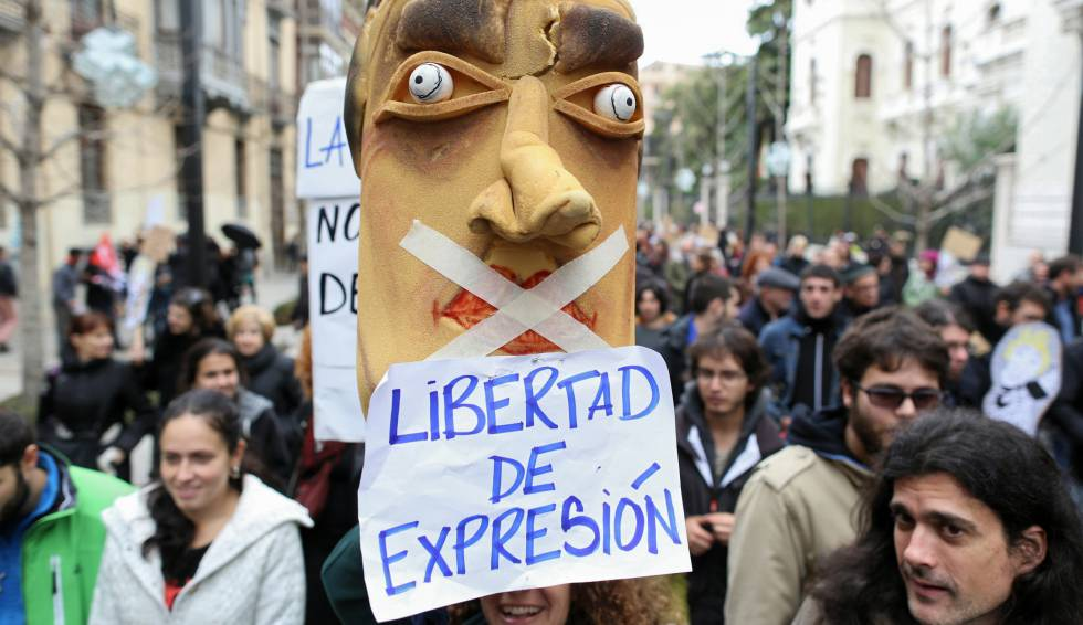 SPAIN: New government opens to reform of gag laws (UPDATED)