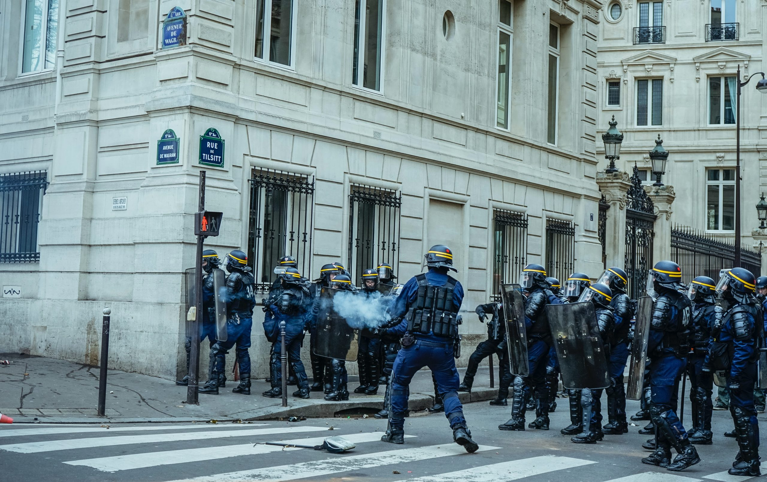 "FRANCE – Police Doctrine: ""A new scheme, old practices"", denounce NGOs and trade unions"